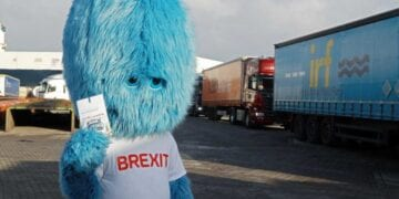 Brexit Monster R 0112 3 1200x800 768x512 1 360x180