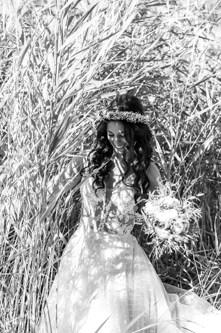Bride Bw Photo, Vogdanidis + Sons