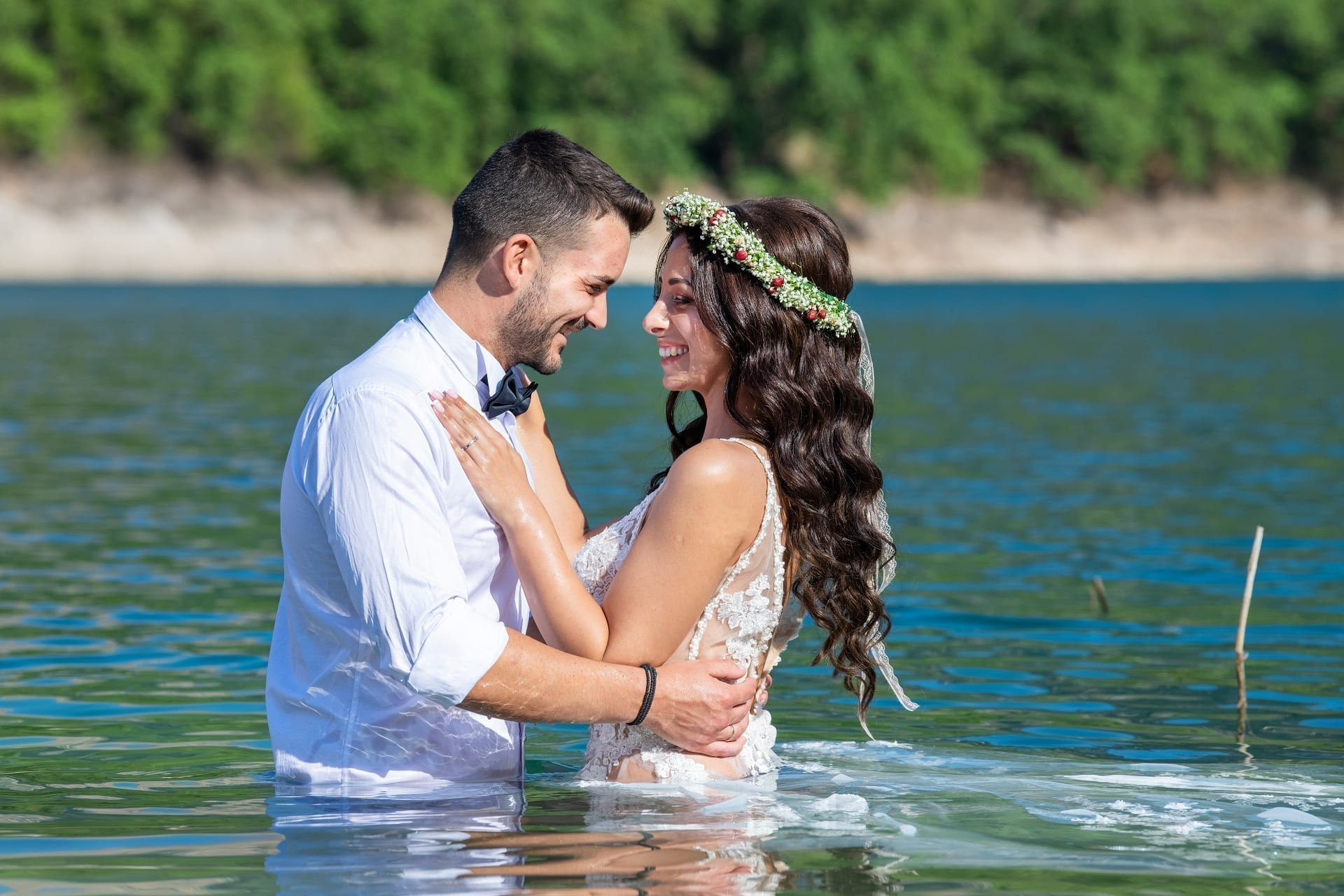 Newlyweds Lake, Vogdanidis + Sons